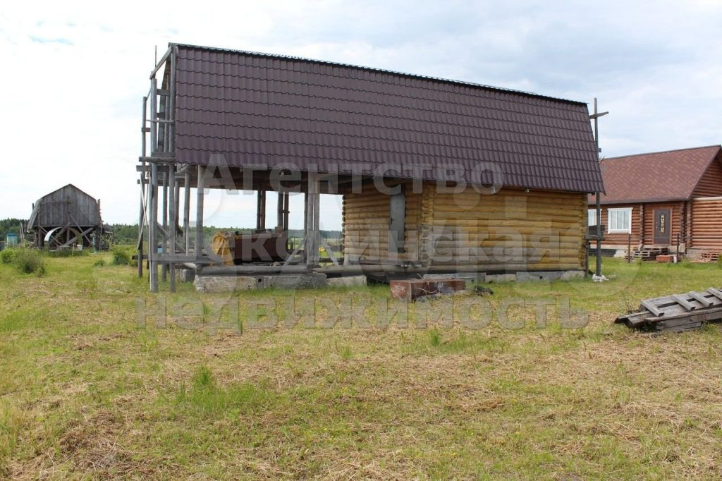 Изображение со страницы: Дом 80 м² с участком 2000